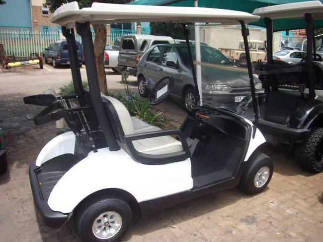 Pro Yamaha Golf Cars White