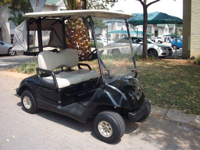 Pro Yamaha Golf Cars Black